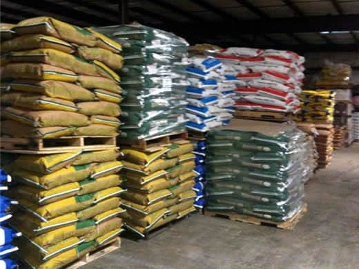 buy-cattle-feed-at-nixa-hardware